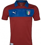 italy-goalkeeper-change-red-2012-13.jpg